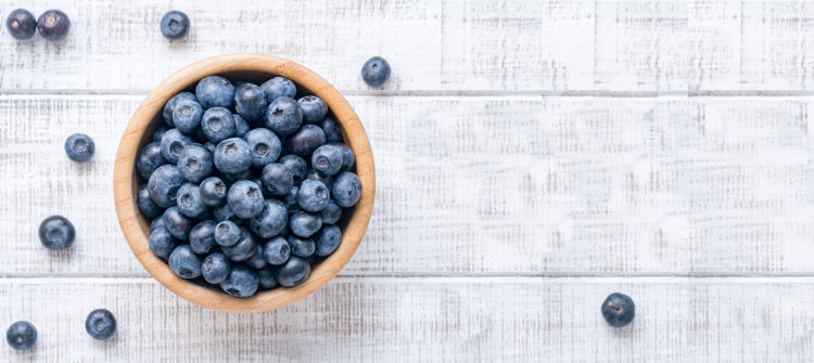 a photo of blueberries