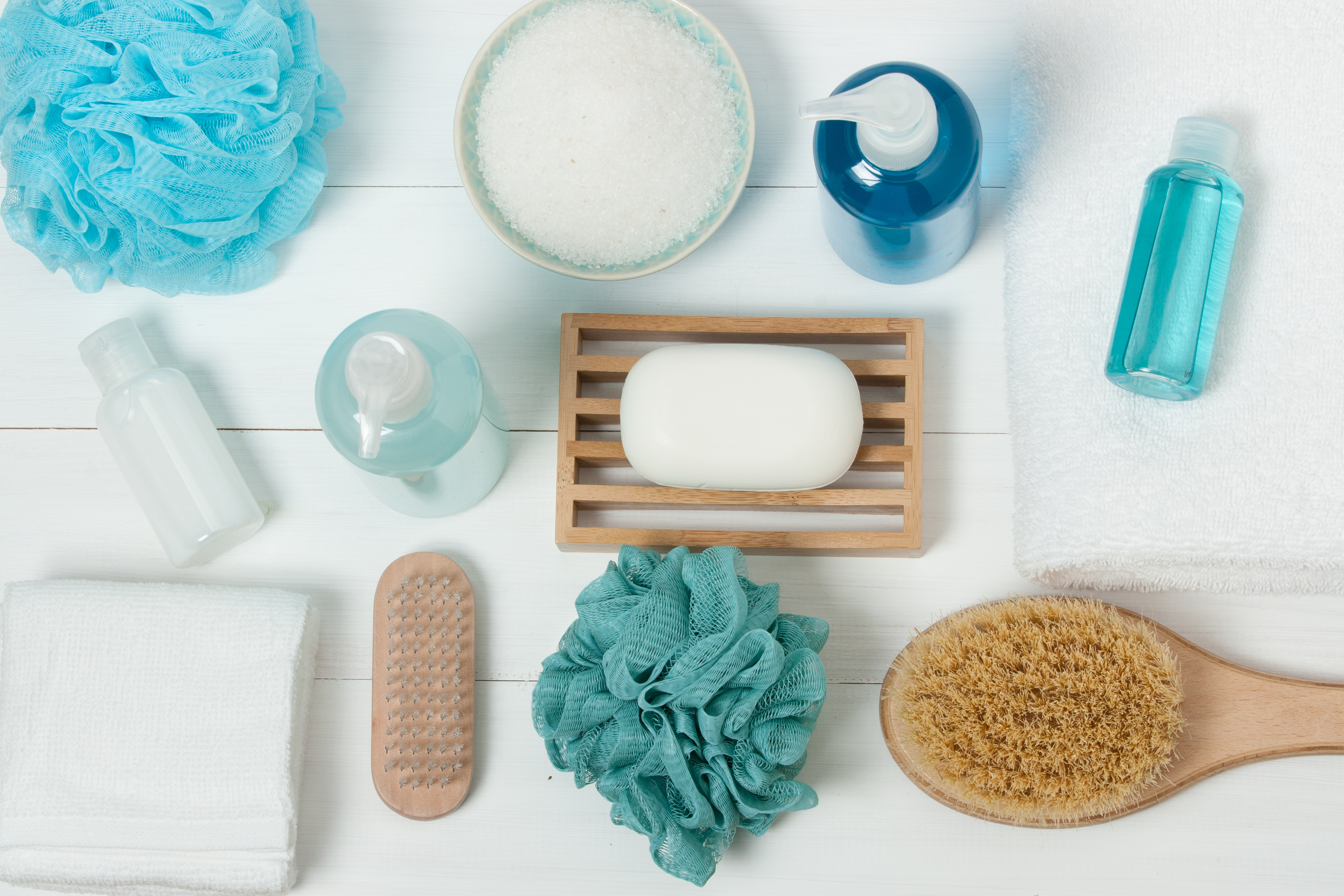 a photo of a spa kit with shampoo, soap bar and liquid shower gel