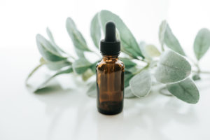 a photo of an essential oils dropper bottle