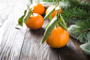a photo of tangerines